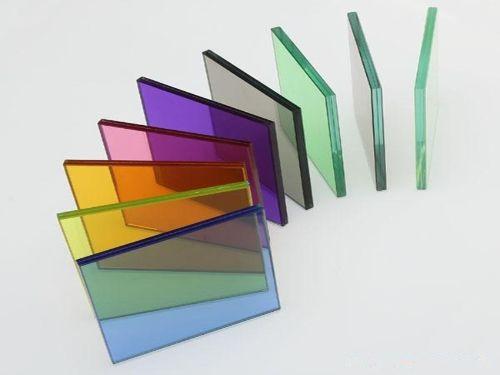 Hình minh họa: kính cường lực có màu sắc khác nhau